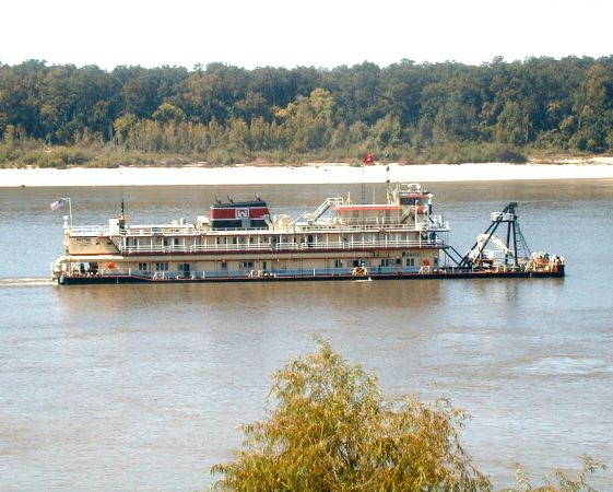 Dredging Today – Fight for Mississippi River Underway (USA)