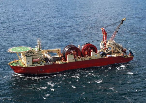 Pipe-laying ship | Mb50\'s "|604|425|?|en|2|1e3370444cd61750393bb368cf3e05ad|False|UNLIKELY|0.29548993706703186